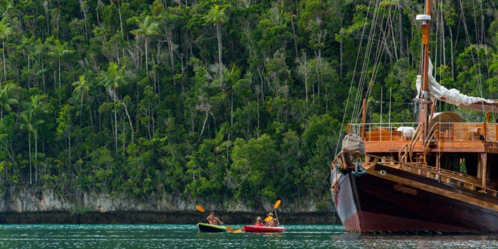 liveaboard indonesia go to raja ampat